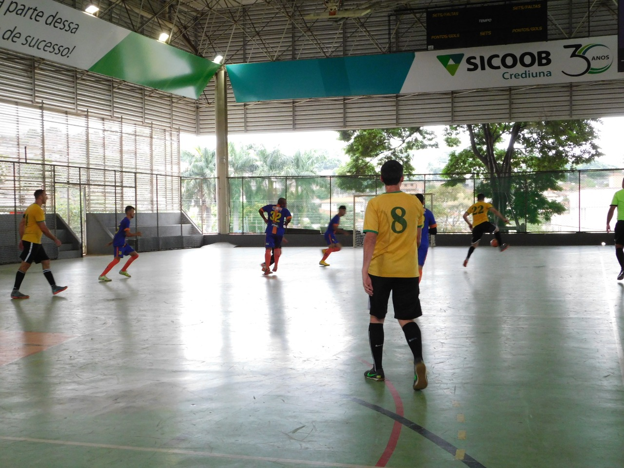 b70d7af4f7 ... Click to enlarge image tropical-futsal-10.jpeg ...