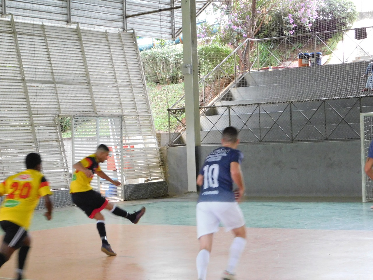 3410987133 ... Click to enlarge image tropical-futsal-6.jpeg ...